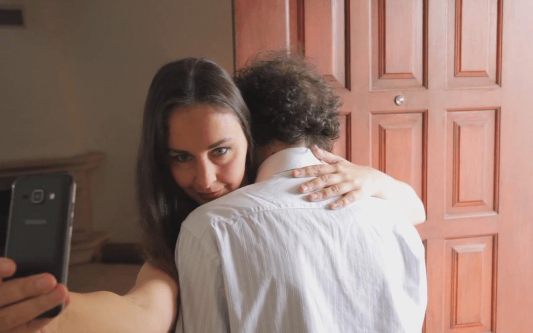 Cómo vivir el presente: deja de hacer fotos. Spoken Word español