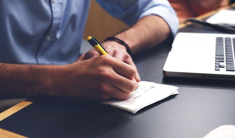 Cómo crear frases impactantes usando el retruécano